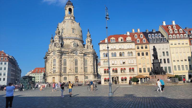 Neumarkt Dresden mit Frauenkirche