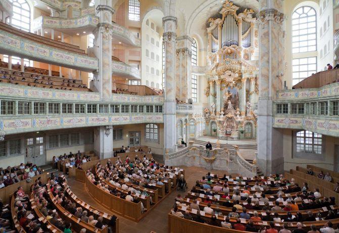 Frauenkirche_Dresden_Gottesdienst_Fotograf_Gunter_Baehr