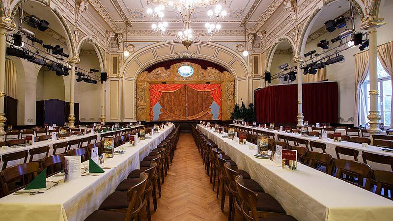 (c) Radeberger Biertheater.jpg