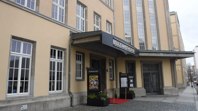 Eingang Boulevardtheater Dresden (c) kuka