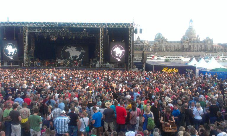 Konzerte am Elbufer Foto EMODD