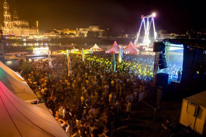 Stadtfest Dresden Party am Elbufer (c) Michael Schmidt / CANALETTO – Das Dresdner Stadtfest